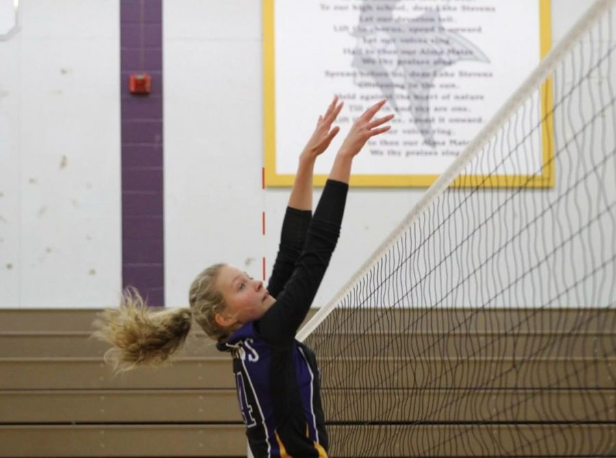 Point+Vikings.+Maddie+Iseminger%2C+the+only+freshman+on+the+Vikings+volleyball+team%2C+blocks+the+opponent%27s+upcoming+attack+at+the+net.+In+the+match+against+Kamiak%2C+Vikings+fought+until+the+fifth+set+to+claim+victory.+The+energy+each+player+emitted+on+the+court+upped+the+competition.+%E2%80%9CMaddie+Iseminger%2C+an+actual+BEAST+on+the+court%2C+but+a+sweetheart+with+a+quirky+personality+off%E2%80%9D%2C+senior+Kani+White+said.+%0A